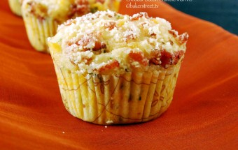 Cheddar Bacon Crumble Muffins2